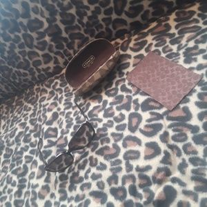 Accessories - coach  sunglasses